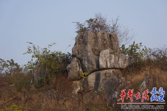 )新化县石冲口镇位于新化的西南面